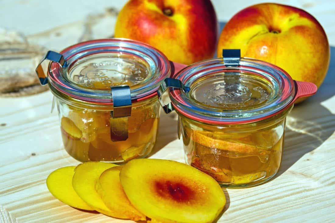 miele, I benefici del miele per la pelle sono reali